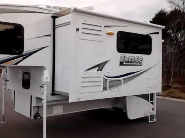 2013 Lance 1172 double slide, truck camper