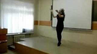 девушка красиво танцует лезгинку beautiful girl dancing lezginka