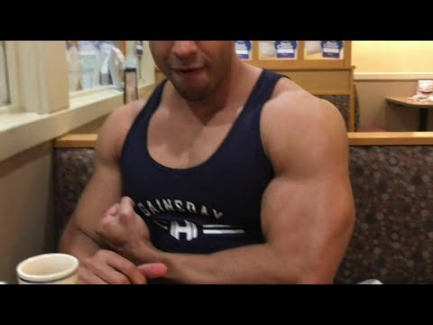 IHOP Post Workout Meal @hodgetwins