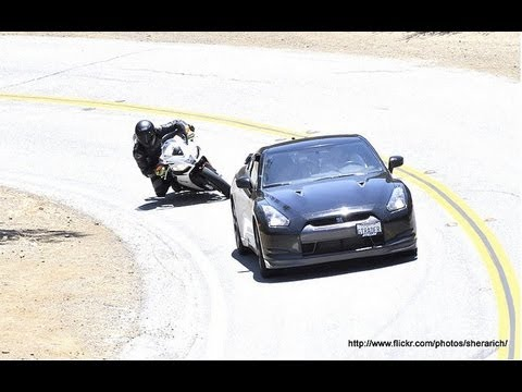 Nissan GT-R vs Aprilia RSV4 APRC - Touge battle on Mulholland HWY ReplayXD1080