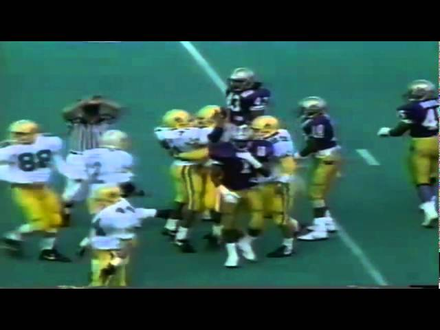 Oregon RB Sean Burwell 40 yard kickoff return vs. UW 10-13-1990