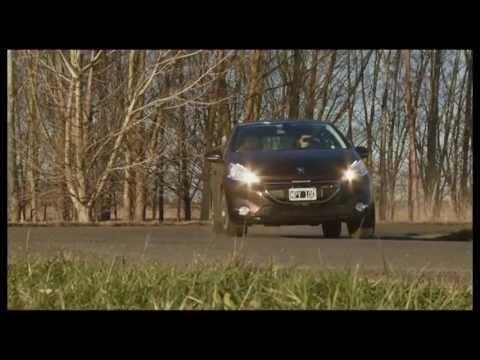 Peugeot 208 1.6 Féline - Test - Matías Antico