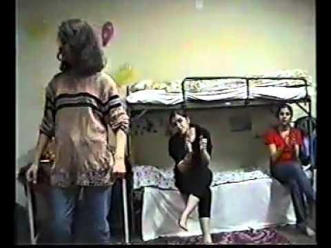 رقص دختران دانشگاه در خوابگاه