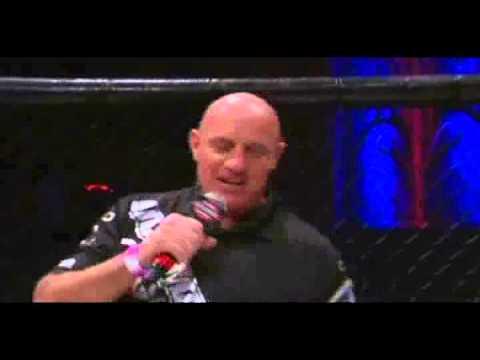 Não durou nem dois segundos: veja o nocaute mais rápido da história do MMA.