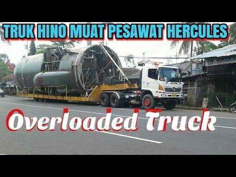 Truck HINO 500 Bawa Pesawat Hercules