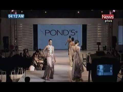 Pakistani Models Catwalk For Ponds Fashion Show