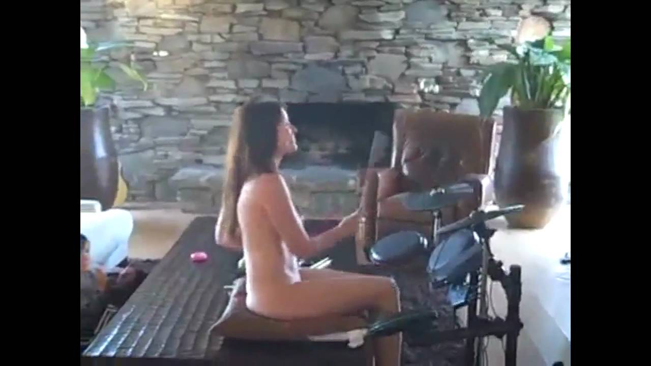 clip girl giving hand job video