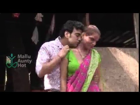 Mallu Aunty Seduced into foreplay thumbnail