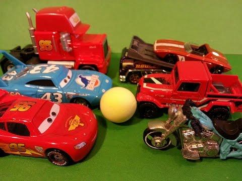 Тачки против Хот Вилс|Маквин играет в футбол|Мультики про машинки|Cars vs Hot Wheels