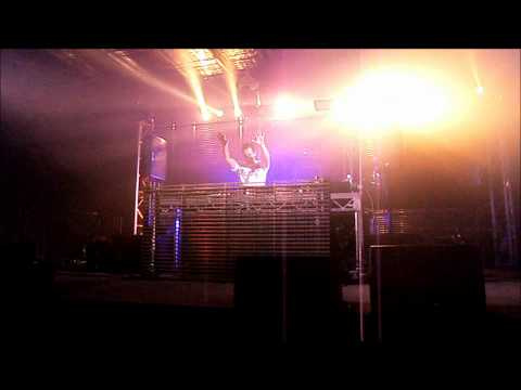 Aaron Camz @ Creamfields Melbourne 2012 - Dark Harbour