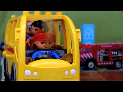 """Wheels on the bus original song"" Milo version"