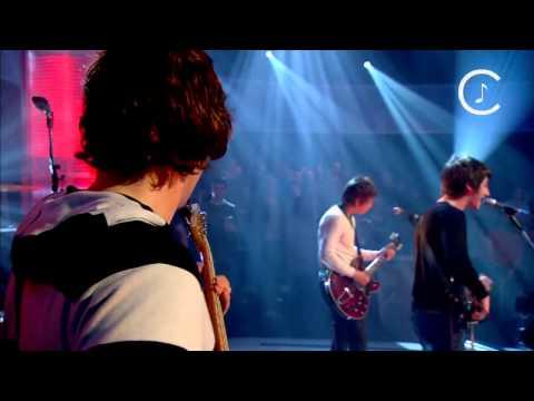 Arctic Monkeys - Brianstorm @ Jools Holland 2007