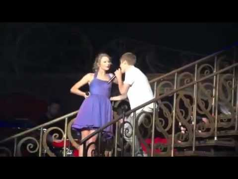 Justin Bieber Taylor Swift Baby Staples Center August 23, 2011