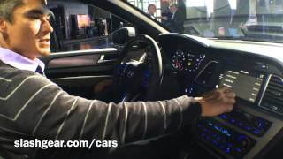 Hyundai Sonata Siri hands-on demo #NYAUTOSHOW