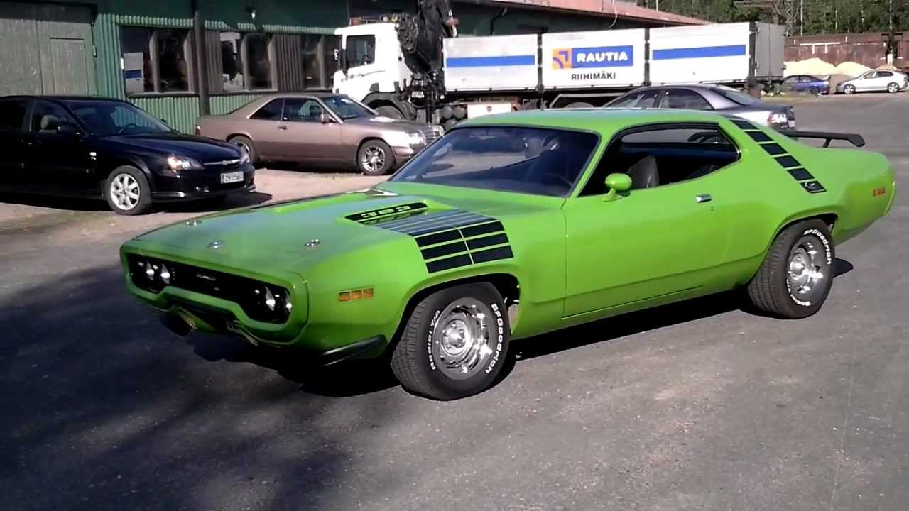 1971 plymouth road runner 383 magnum youtube. Black Bedroom Furniture Sets. Home Design Ideas