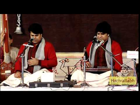 Pandit Ritesh Mishra Rajnish Mishra (Vocal) -The 133rd Harivallabh 2008