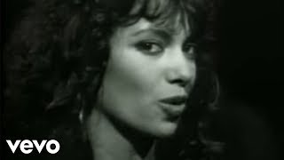 Watch Bangles If She Knew What She Wants video