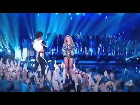 Beyoncé Jay - Z and blue ivy moment 2014 vma.mp4