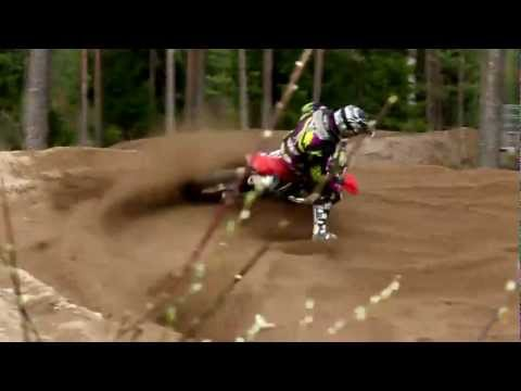 Talented 14 years old motocross rider in HD!
