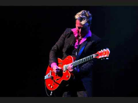 Cover image of song Crazy little thing called love by Brian Setzer orchestra