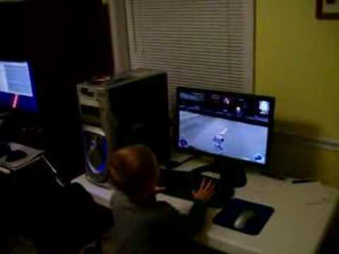 3 year old playing Jedi Knight II