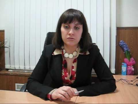 уволилась по собственному: