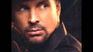 Watch Garth Brooks Friends In Low Places video