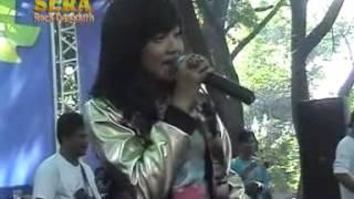 Maju Mundur Cantik - Sarah Brillian - OM Sera Live Maospati 2015