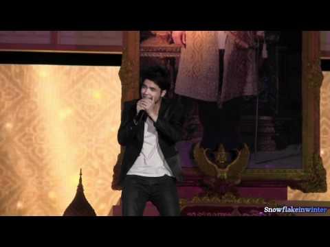 111203 Wan ว่าน @ Sanamluang Concert: อารมณ์ดี