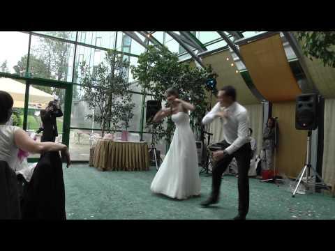 Креативный свадебный танец молодых