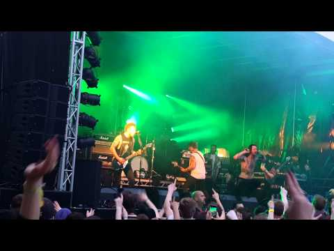 While She Sleeps - Our Legacy (Live @ SDF15 South)