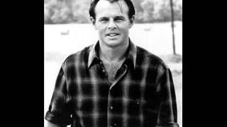 Watch Sammy Kershaw I Buy Her Roses video