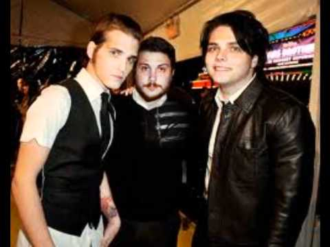 mikey way's poker face