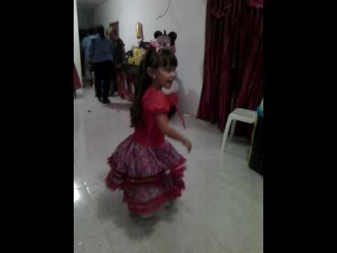 Hermosa bailarina