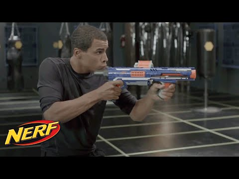 Nerf N-Strike Elite - John Brenkus from Sport Science shows off the Rampage and Retaliator blasters