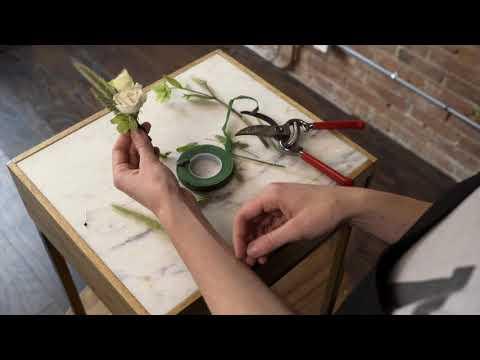 Mayesh Design Star: Making & Pinning a Boutonniere