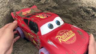 Spriderman looking for Excavator, Car Toys in the sand | Kieu Huong