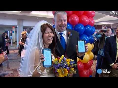 Wedding at 32,000 feet, first for Southwest Airlines