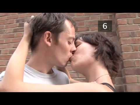 How To Be A Good Kisser For Your First Kiss