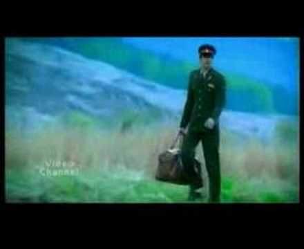 Aankhon Se Tu Dur Hai video