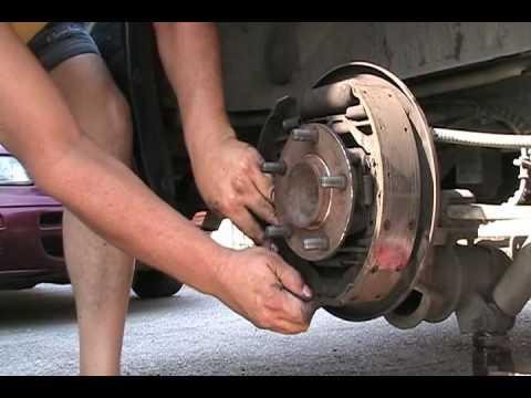 01 Dodge Caravan. Replace rear brake shoes. Part 1 of 2.