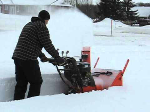 Ariens Hydro Pro Track 28 in action - Part 1