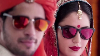 Puppy dancing on Kala chashma song