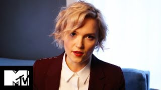 Veronica Roth EXCLUSIVE 'The Fates Divide' Prologue & Chapter Read | MTV Life