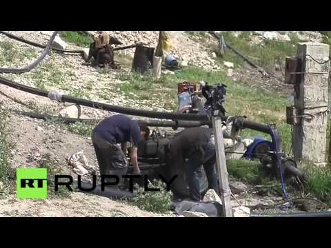 Syria: Russian troops deliver four tonnes of humanitarian aid to Kremesh