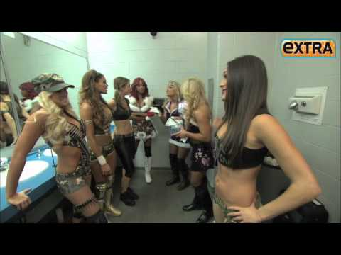'Extra' Raw! Maria Menounos in the Ring with WWE Divas