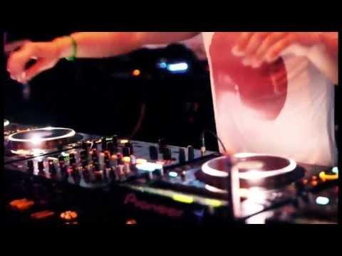 DJsounds - The global DJ scene #1
