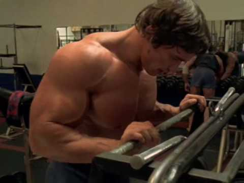 Arnold Schwarzenegger training~