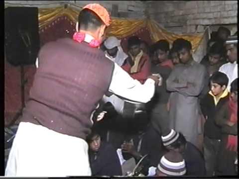 Lal Meri Pat Rakhiyo Bhala Jhoole Lalan By Buellshahi Shahzda Ali Qawall video
