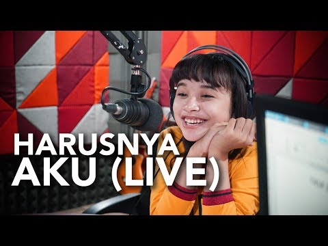 Download HARUSNYA AKU - TASYA ROSMALA LIVE DI HOT 93.2 FM Mp4 baru